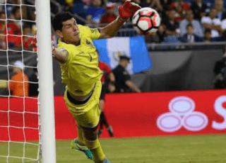 ติเต้ ซูฮก คาร์ลอส แลมเป มือกาว โบลิเวีย ช่วยทีมยันเสมอ บราซิล 0-0